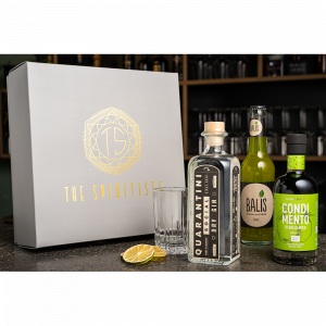 MIXING IN THE BOX // Quarantini – Social Dry Gin